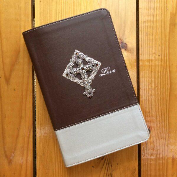 NIV Couples Devotional Bible